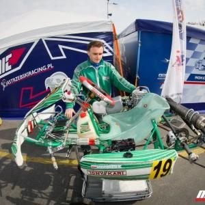 AMO Racing Team - zaplecze serwisowe teamu