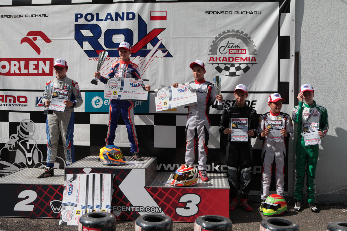 junior_podium