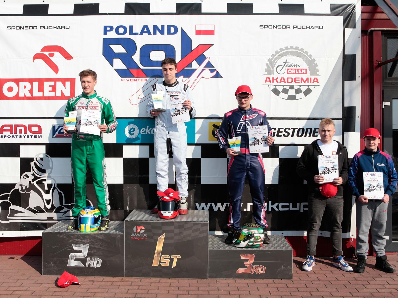 podium_4