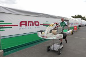 Mechanicy AMO Racing Team na zawodach Rok Cup Poland / KMP